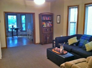 515-Dufferin 1-bedroom-plus-den Broadway Saskatoon home for rent - Living Room 3