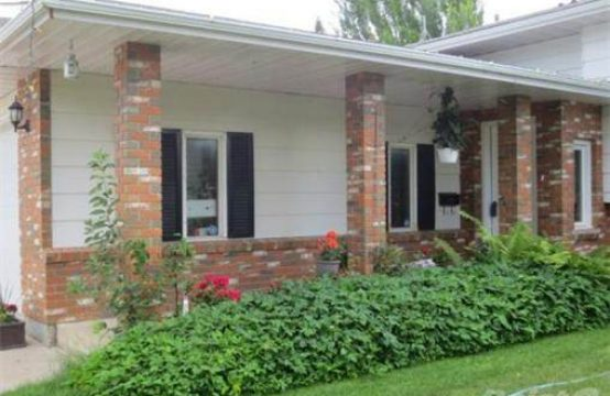 Gorgeous 4-Bed+Den, 3-Bath Full House in Silverwood Area