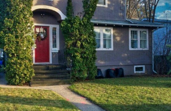 Beautiful Eastside Character Home. 3 Bedrooms and Tons of Charm