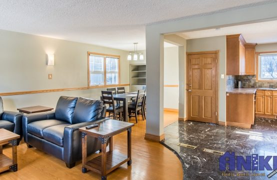 2018-Morgan-Ave-Saskatoon-Main-Floor-For-Rent-Open-Floor-Plan