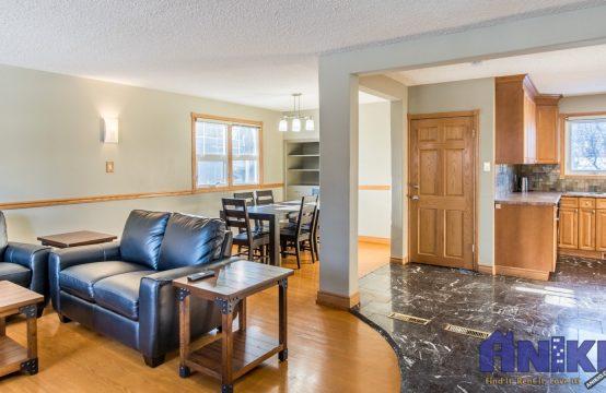 2018-Morgan-Ave-Saskatoon-Main-Floor-For-Rent-Open-Floor-Plan